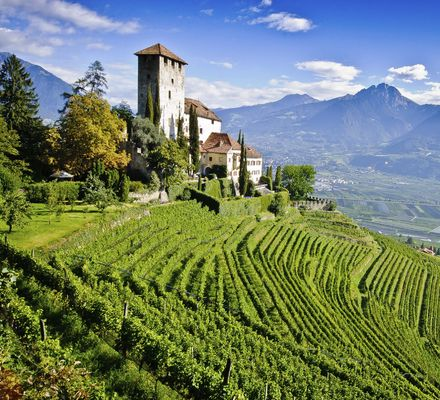Castles and palaces - Destinations in South Tyrol.