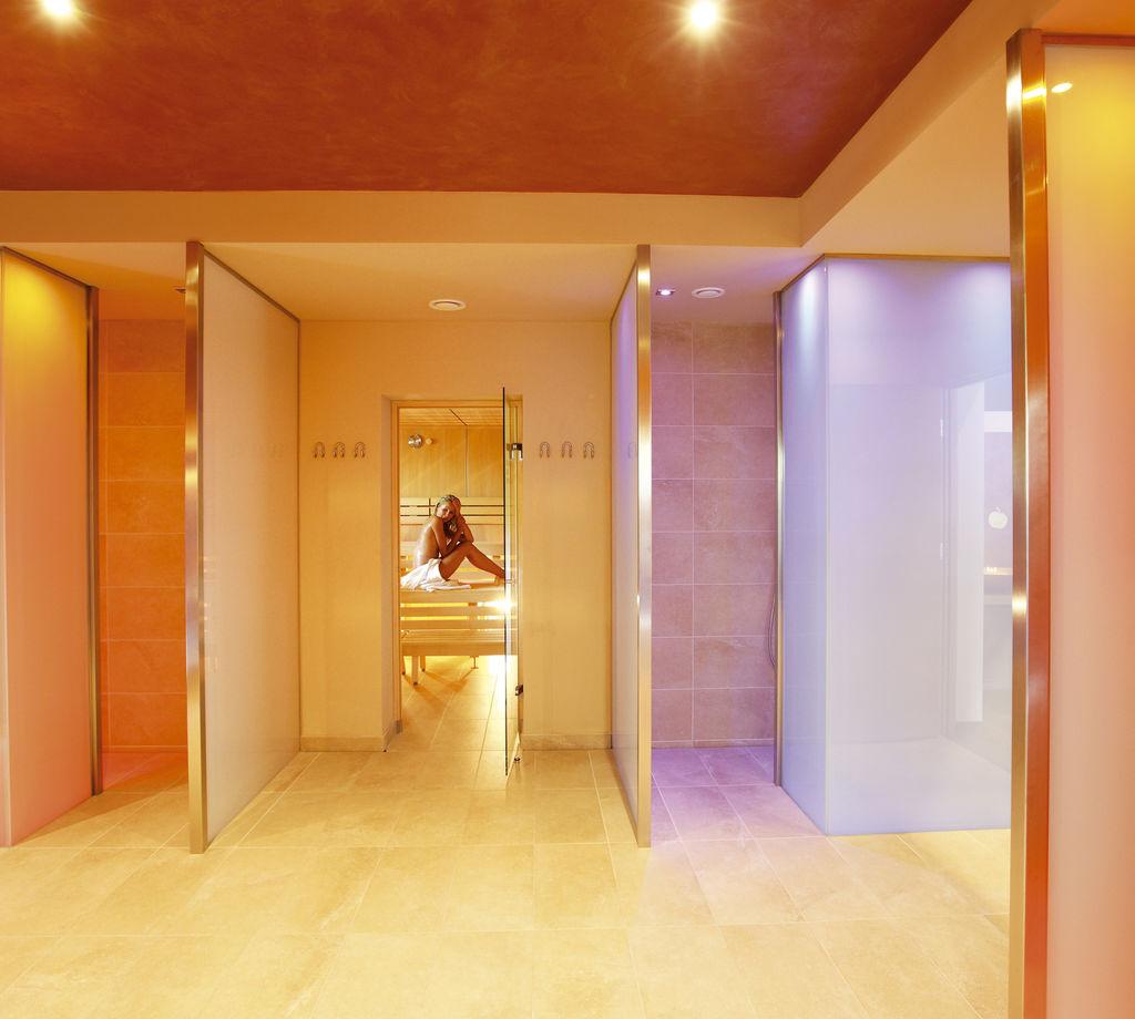 Unglaublich Sauna Bilder Referenz Von The At Hotel Wiesenhof In Lagundo.